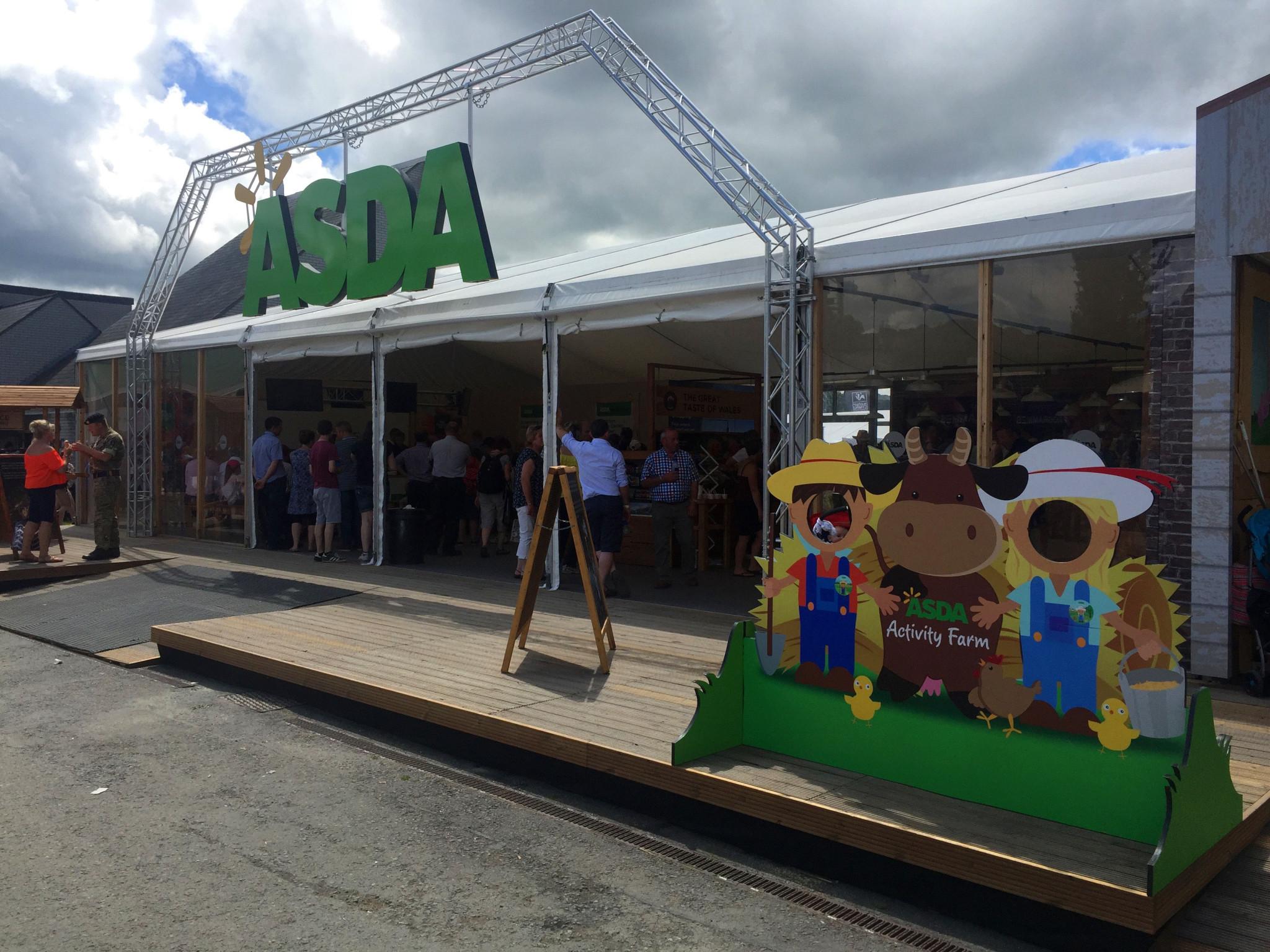 asda-outdoor-event-stand