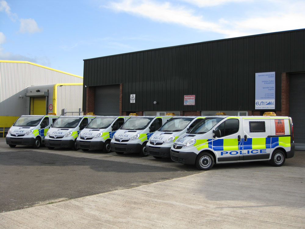 thames valley police vehicle graphics